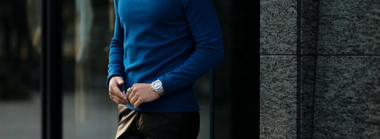 lucien pellat-fine (ルシアン ペラフィネ) Cashmere Roll Neck Sweater カシミア タートルネック セーターPETREL (ブルー) made in scotland (スコットランド製) 2020 秋冬新作  【Alto e Diritto 別注 // 無地】のイメージ