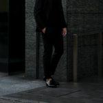 PT TORINO (ピーティートリノ) TRAVELLER (トラベラー) SUPER SLIM FIT (スーパースリムフィット) WASHABLE TECHNO WOOL ストレッチ ウォッシャブル トロピカル サマーウール スラックス BLACK (ブラック・0990) 2021 春夏 【ご予約受付中】のイメージ
