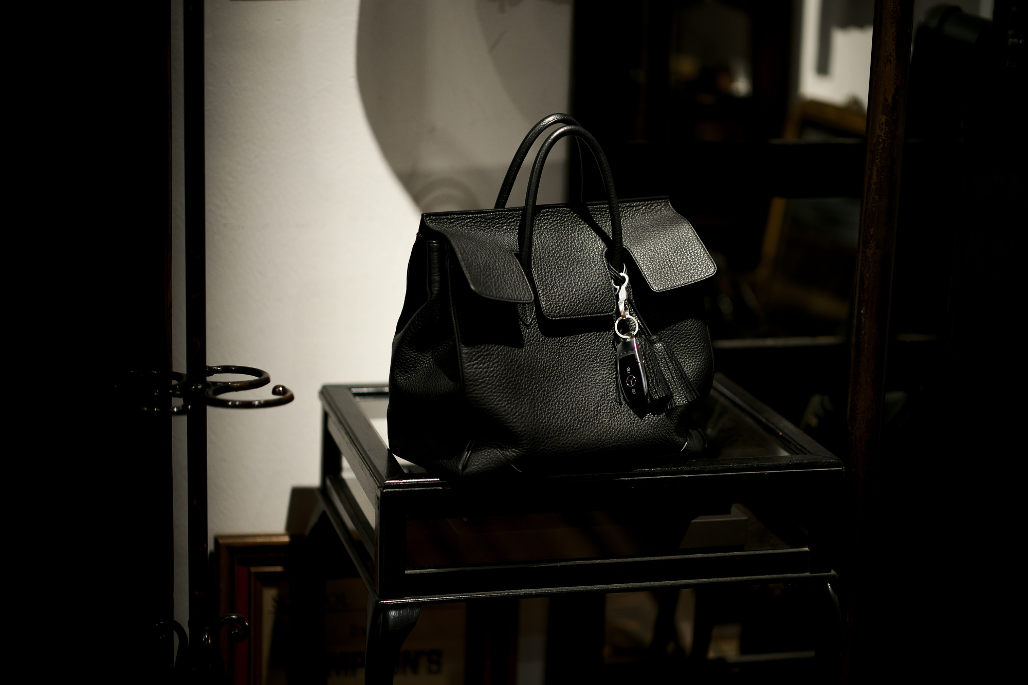 ACATE × cuervo bopoha アカーテ × クエルボ ヴァローナ GHIBLI ギブリ Montblanc leather モンブランレザー トートバッグ レザーバッグ NERO ネロ MADE IN ITALY イタリア製 2021 Special Special Special Model 愛知 名古屋 altoediritto アルトエデリット レザーバック コラボレーション Wネーム