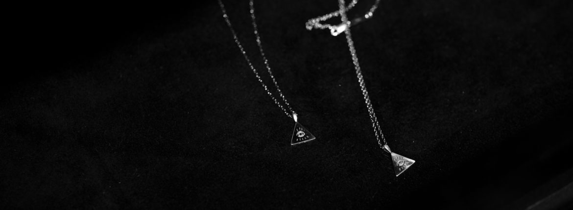 "FIXER ""ILLUMINATI EYES NECKLACE""のイメージ"