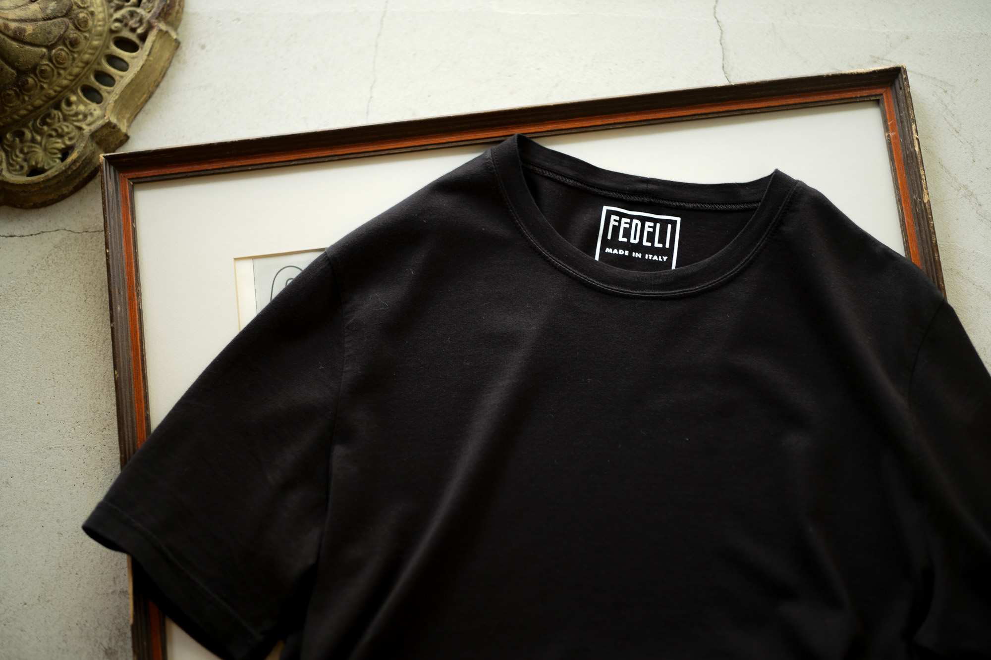 FEDELI(フェデリ) Crew Neck T-shirt (クルーネック Tシャツ) ギザコットン Tシャツ BLACK (ブラック・36) made in italy (イタリア製) 2022 春夏 【Special Color】【ご予約開始】愛知 名古屋 Alto e Diritto altoediritto アルトエデリット 黒Tシャツ