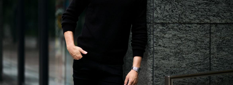 MONARO (モナーロ) Baby Cashmere Crew Neck Sweater (ベビーカシミヤ クルーネック セーター) Loropiana (ロロピアーナ) Baby Cashmere 100% 7ゲージ ベビーカシミヤ ニット セーター BLACK (ブラック) ,NAVY (ネイビー) MADE IN ITALY(イタリア製) 2021 秋冬  【Alto e Diritto別注】【Special Model】【ご予約受付中】のイメージ